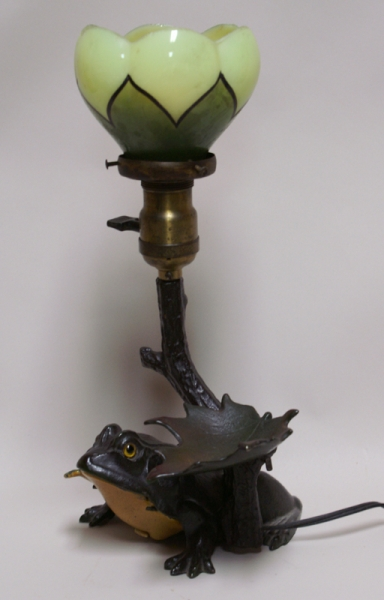 Frog Lamp W/ Bell Ringer